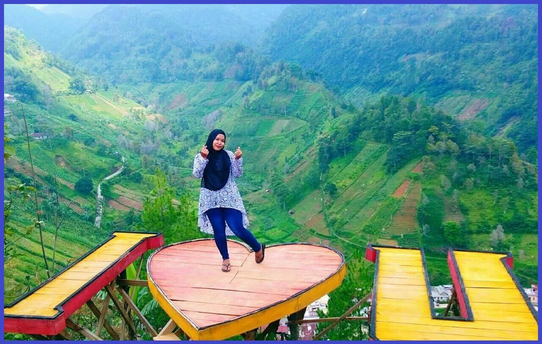 bukit Hope Jatiyoso tempat wisata di Solo yang Instagrammable